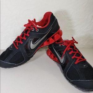 NIKE  REAX Run 8 men's  shoes used size 9.5